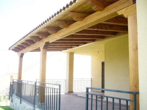 Construcci n porches madera segovia p rgolas estructura for Tejados madera segovia