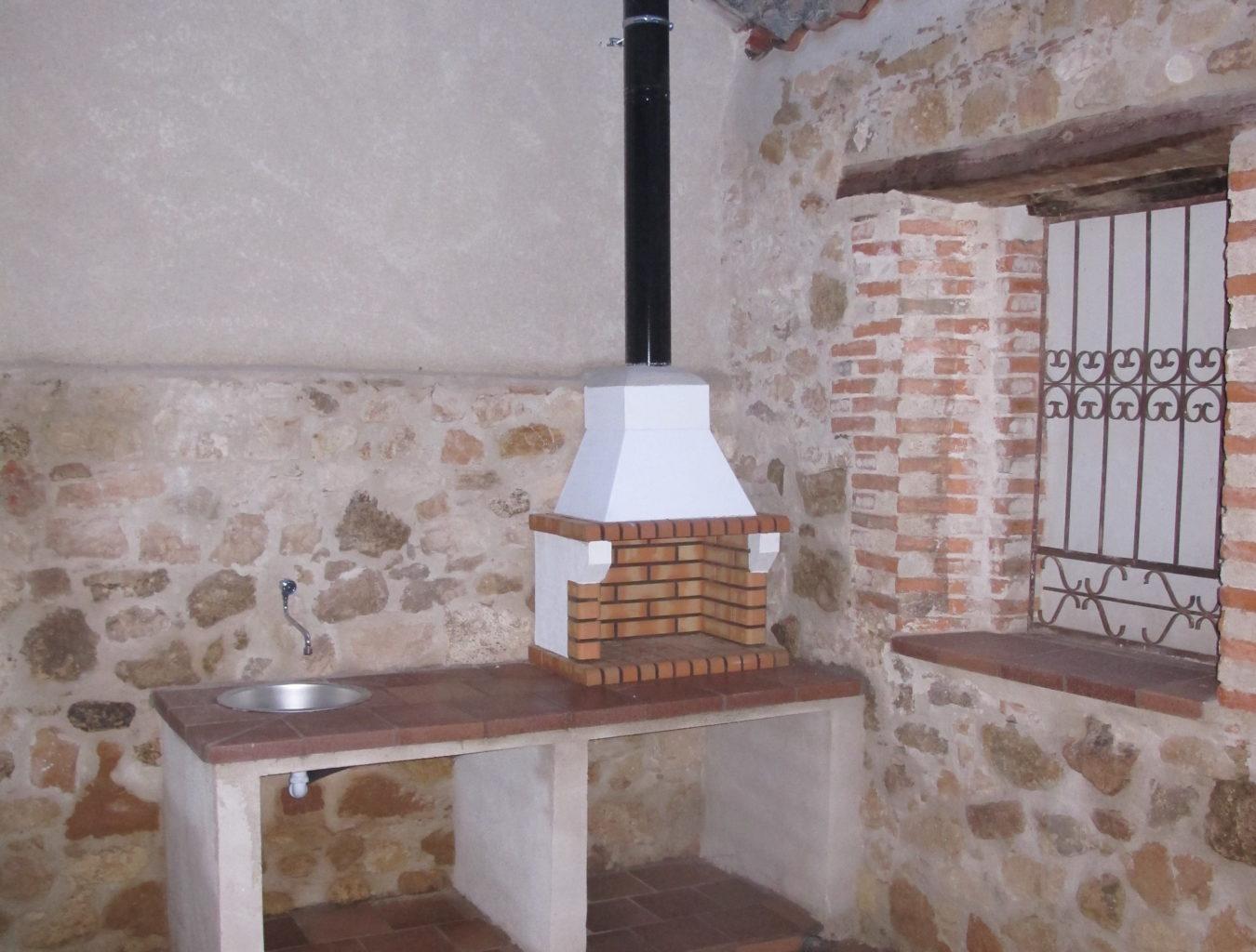 BARBACOAS Y CHIMENEAS 1 e1524047597983 1350x1024 - Barbacoas y Chimeneas